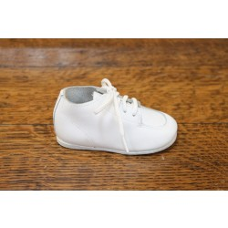 Kepner Scott first step, white